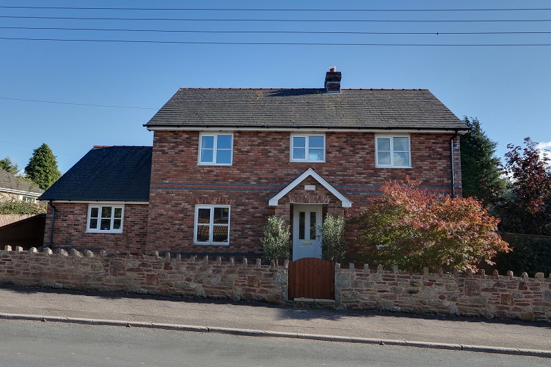Allaston Road, Lydney, Gloucestershire. GL15 5SS