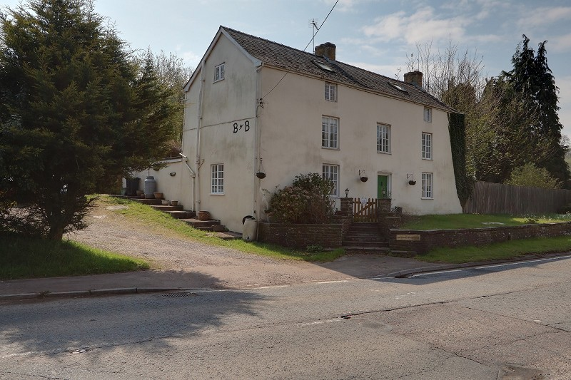 Nibley Hill, Blakeney, Gloucestershire. GL15 4DB
